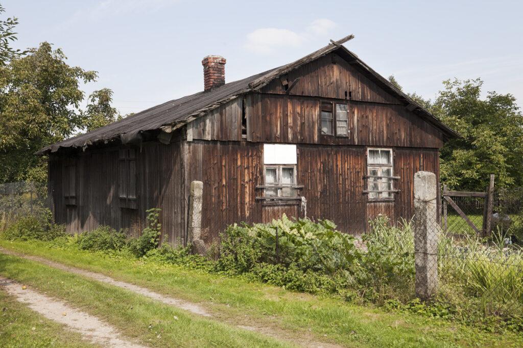 Voormalige barak van het Monowitz-concentratiekamp. Collectie Hans Citroen